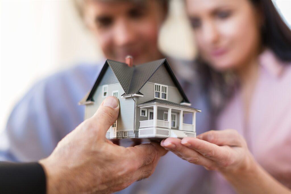 Makler TÜV – Berufszulassung für Immobilienmakler und Wohnungsverwalter
