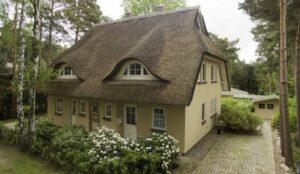 Dierhagen Strand - Haus hinter der Düne